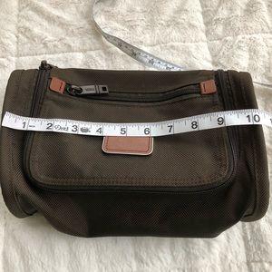 66e654c48573 Tumi Bags - Men s Tumi Toiletries Shaving Travel Bag Case Kit
